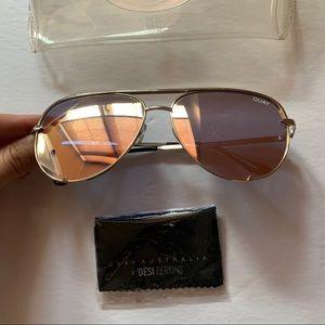QUAY x Desi Perkins High Key Sunglasses - Gold
